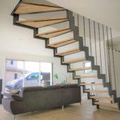Fabricant-L-escalier-metal-Vertou-Nantes-44-bois-acier-cremaillere-quart-tournant