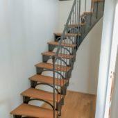 Fabricant-L-escalier-metal-Vertou-Nantes-44-bois-acier-retro-bistrot-Batz-quart-tournant-2