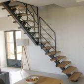 Fabricant-L-escalier-metal-Vertou-Nantes-44-bois-limon-central-quart-tournant_1