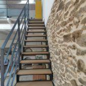 Fabricant-L-escalier-metal-Vertou-Nantes-44-bois-acier-droit