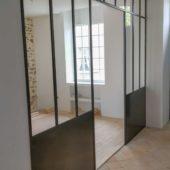 Fabricant-L-escalier-metal-Vertou-Nantes-44-verriere-artiste-acier-min
