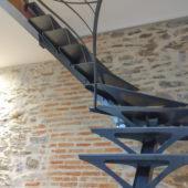 Fabricant-L-escalier-metal-Vertou-Nantes-44-tout-acier-art-nouveau