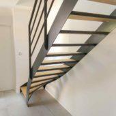 Fabricant-L-escalier-metal-Vertou-Nantes-44-bois-acier-quart-tournant-design